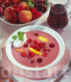 Receptek Lajos Mari konyhájából - Bogyós gyümölcsleves