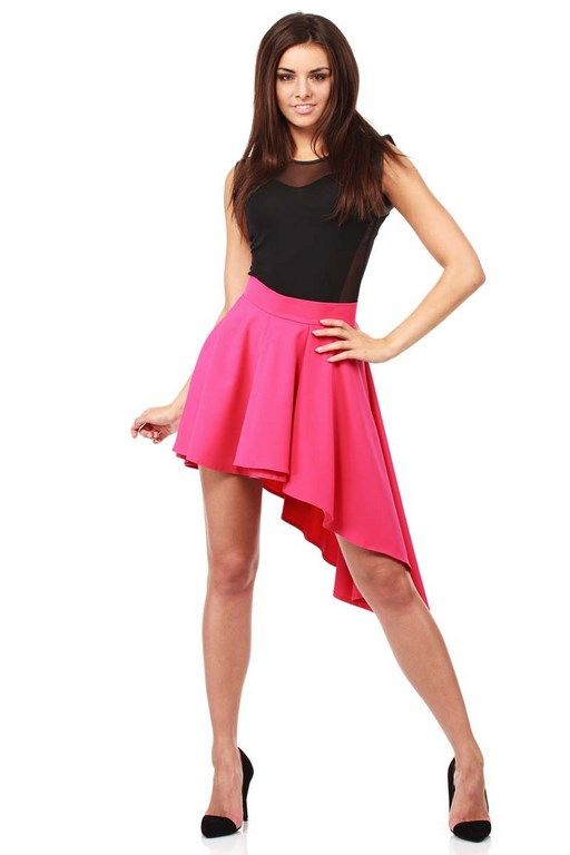 Pink asymmetrical mini skirt fastened at the back