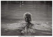 11 октября в Нью-Йорке с аукциона будут проданы 12 снимков кинозвезды Мэрилин Монро.
