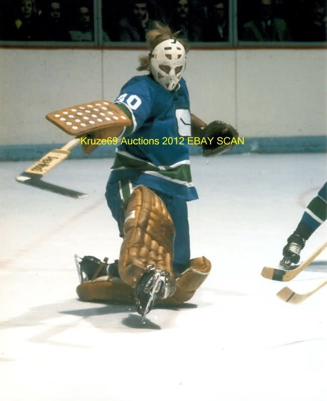 Ed Dyck with Vancouver Canucks,