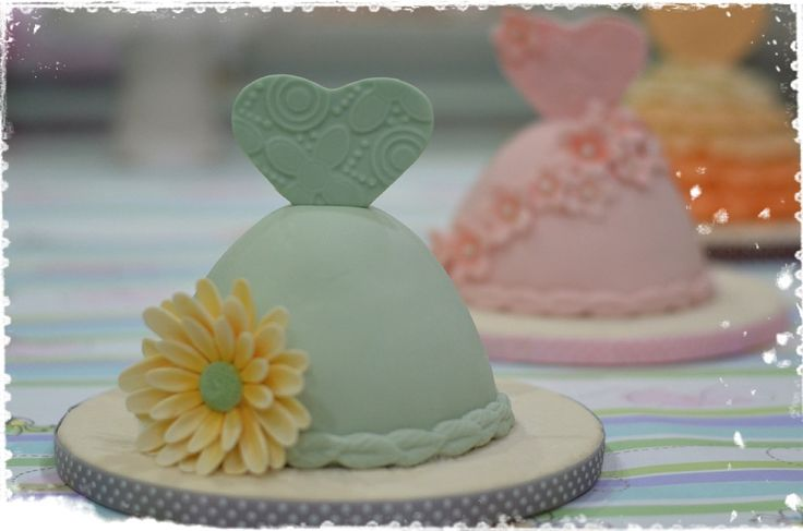 Mini Dress Cake !!