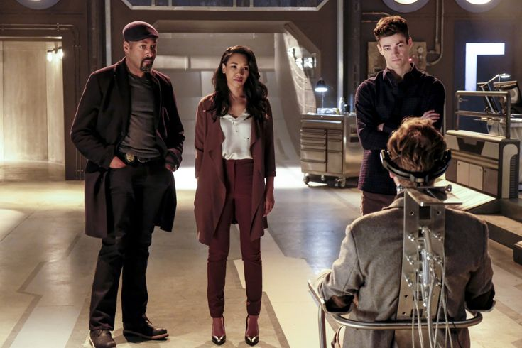 """Where is Wally West on The Flash? We look at that and more in our review for """"The Wrath of Savitar"""" tonight."""