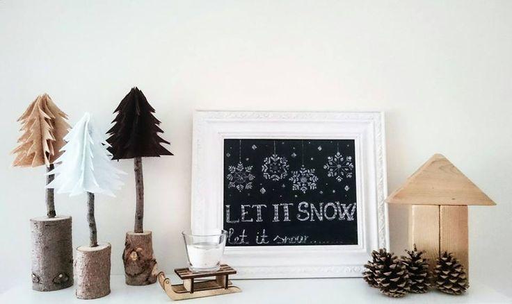Filc fenyők, krétatábla, fa építőkockák, tobozok, szánkó, gyertya,  téli hangulat, dekoráció! Let it snow! Winter decoration! Chalk board!