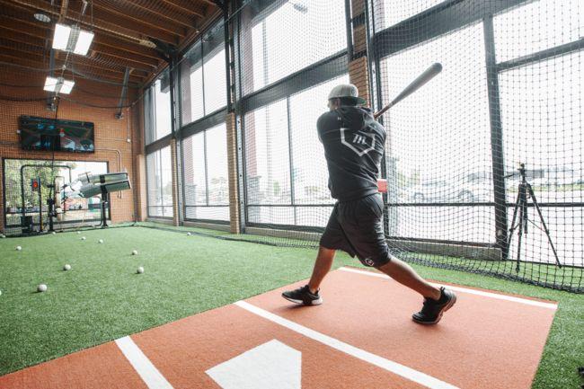 Hitter S House Indoor Baseball Facilities Hittrax Cage Indoor Batting Cage Batting Cage Backyard Backyard Gym