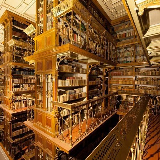 Amazing library in the oldest Slovak town, Nitra, which contains books from the 15th century. bo