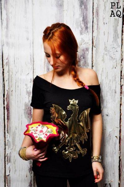 http://www.sklepludowy.pl/koszulki-i-bluzki
