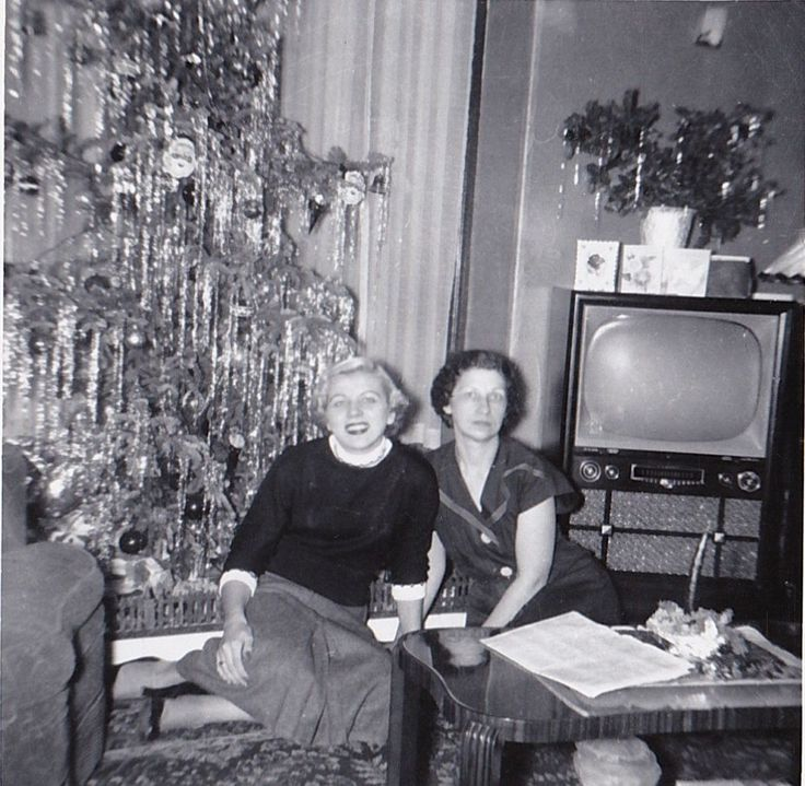 553 best Vintage Christmas in Black and White images on Pinterest ...