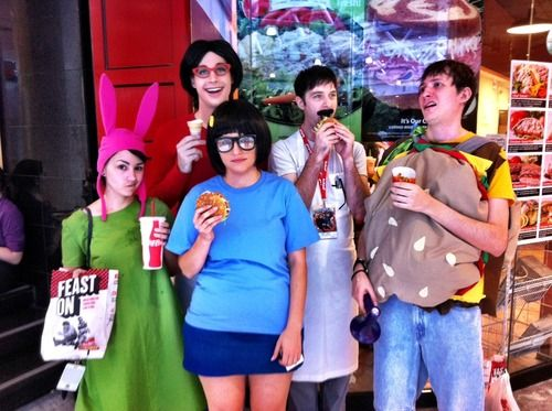 I WILL get a bunch of friends together to dress as the  Belcher family for halloween this year, and i WILL be Tina (or perhaps Gene, who's more my body-type)