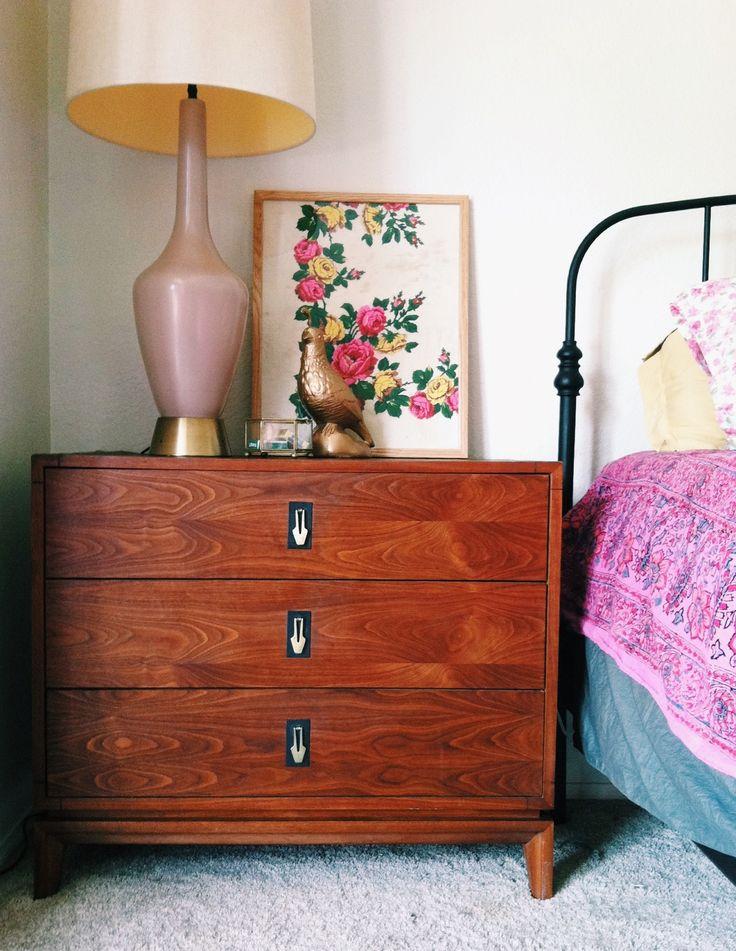 John Keal for Brown Saltman midcentury nightstand via IG thedoeorthedeer