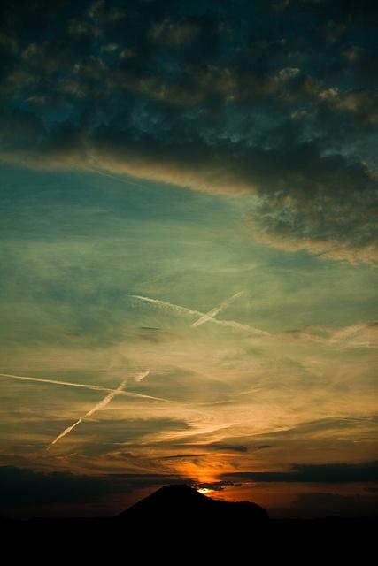Sunset in Abano Terme by Quasimondo, via Flickr  #abano #spa #wellness
