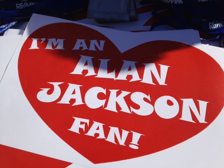 Who doesn't love Alan Jackson?!
