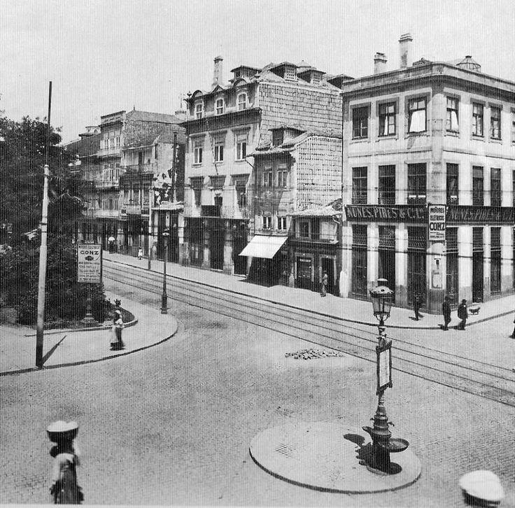Porto- Portugal. Praça Carlos Alberto 1900- Source: Porto Desaparecido ( facebook)