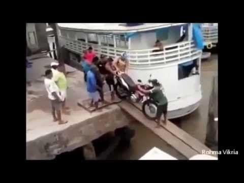 Video Lucu Motor Jatuh Bikin Ketawa Ngakak Paling Lucu
