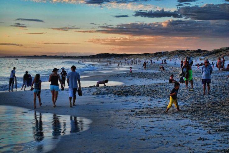 Mullaloo Beach, Perth, on a warm summer evening