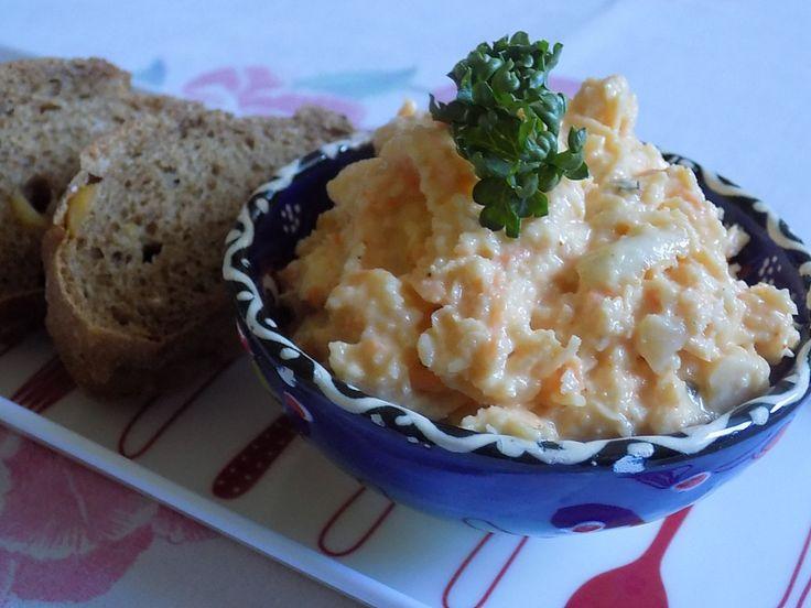 Celerovo-mrkvová pomazánka. Fantázie s křupavým chlebem. Autor: remcula