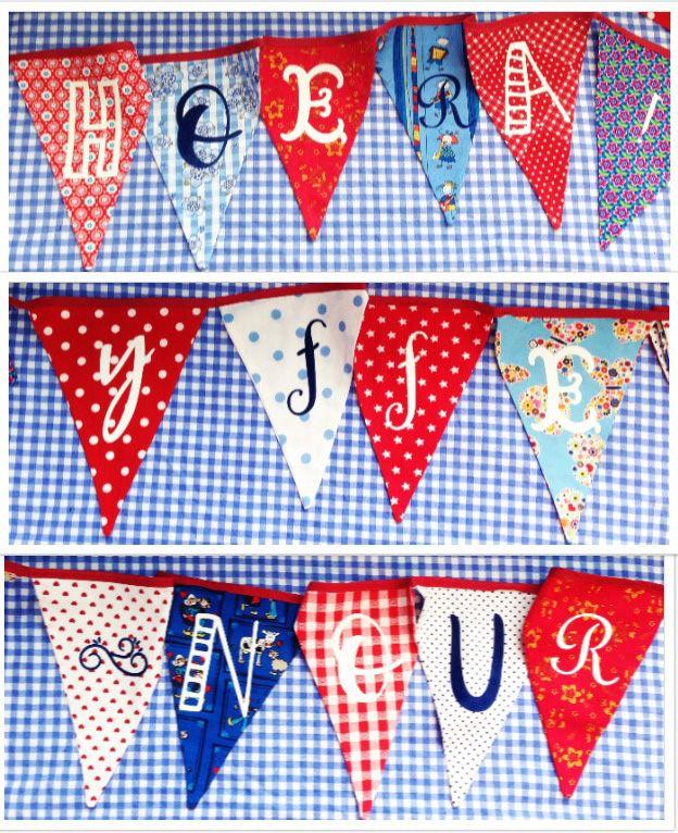 Eigen vlaggetjesslinger voor Yffe-Nour. Letters: witte en blauwe flock. Vlaggetjes via Stichting Stung Treng (https://stungtreng.nl/nl/). Niet alleen supermooi, maar we ondersteunen er ook nog eens een heel mooi goed doel mee.