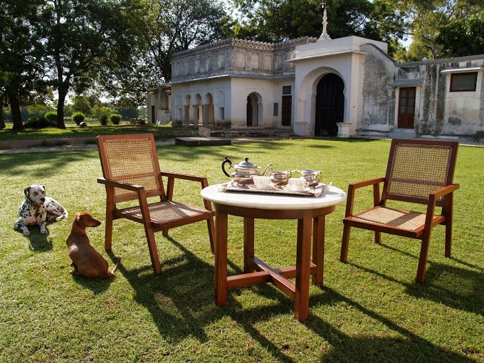 A private sit out in the large #gardens of #ShahpuraBagh #Rajasthan! A perfect #RareIndia #DelhiGetaway!   #Explore More: http://bit.ly/1rn3Cfa