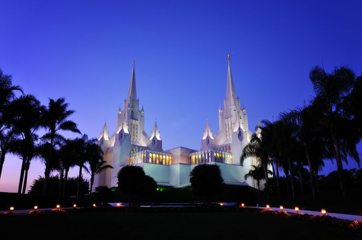 I really wanted to move to California...Favorite Places, Latter Day Saint, San Diego Temples, Castles, Lds Temples, San Diego California Temples, Mormons Ldstempl, Diego Lds, Sandiego