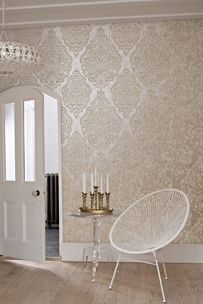 wallpaper living room wall large clocks trends 2016 19 stunning examples of metallic flowers pinterest and decor