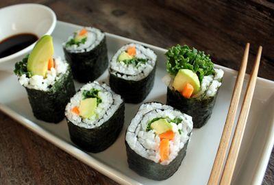 Syv sorter sushi- helt uten fisk!   Norsk Vegetarforening
