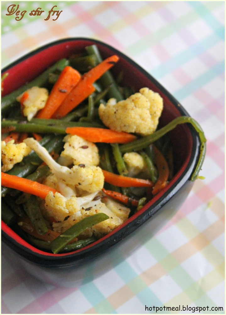 Hot Pot Cooking: Veg stir fry.  Easy and looks delish!