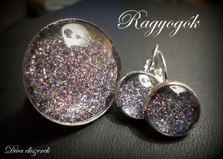 Ragyogó szett. Shining ring and earrings.   #shine #glitter #ring #earrings #diva #jewelry https://www.facebook.com/divaekszerek