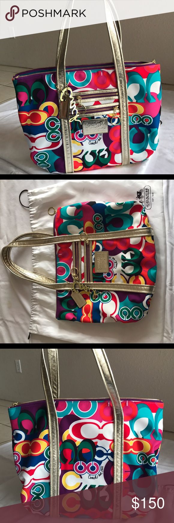Coach poppy bag Like New Coach Poppy Purse Like New Multi colored and a beautiful inside Clean inside no wear to straps there is a small unnoticeable stain as pictured and my dust bag is also stained as pictured Coach Bags