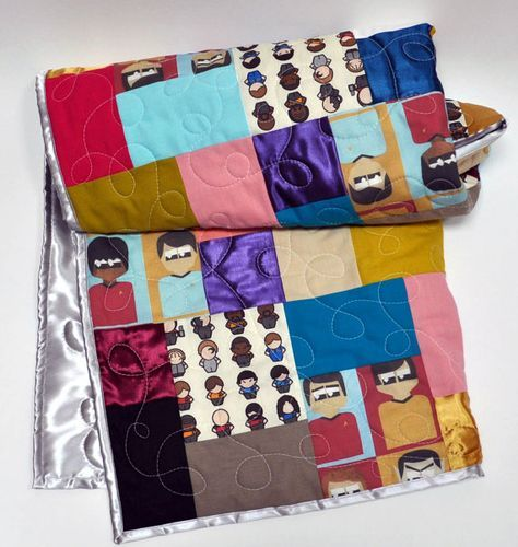 Star Trek baby quilt! Perfect gift for the new Trekkie dad you know!