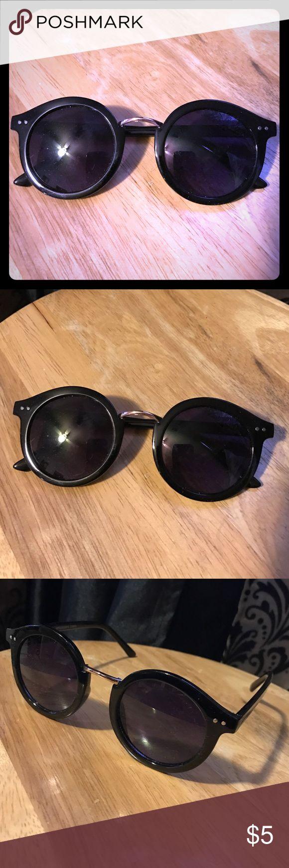 Ladies Sunglasses Cute adorable black round frame. Dark tinted. Excellent condition. WINDSOR Accessories Sunglasses