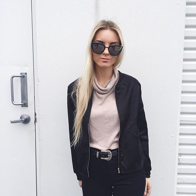 Silk bomber jacket ummm yes please⛈⛈⛈All my Insta outfit details are now on the blog! Easiest way to find the exact things I post X (Link in bio too) http://fawnjournal.blogspot.com.au/p/instagram-shop.html @beginningboutique  #TeamBB