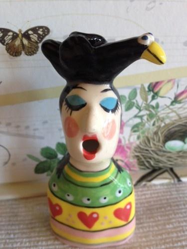 Lady with Black Bird on Her Head Pie Bird Piebird   eBay