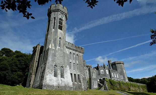 Loughcutra     Fairytale Castle Venues in Ireland   www.onefabday.com