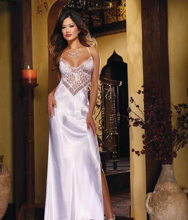Sexy Satin Long Lingerie Gown  http://www.pamperedpassions.com/lingerie-brands/dreamgirl/sexy-long-gown-dreamgirl-lingerie-8461/: Satin Charmeuse, Women Nightgowns, White Satin, Nightgowns Robes, Bridal Lingerie, Sexy Lingerie, Long Gowns, Satin Nightgowns, White Gowns