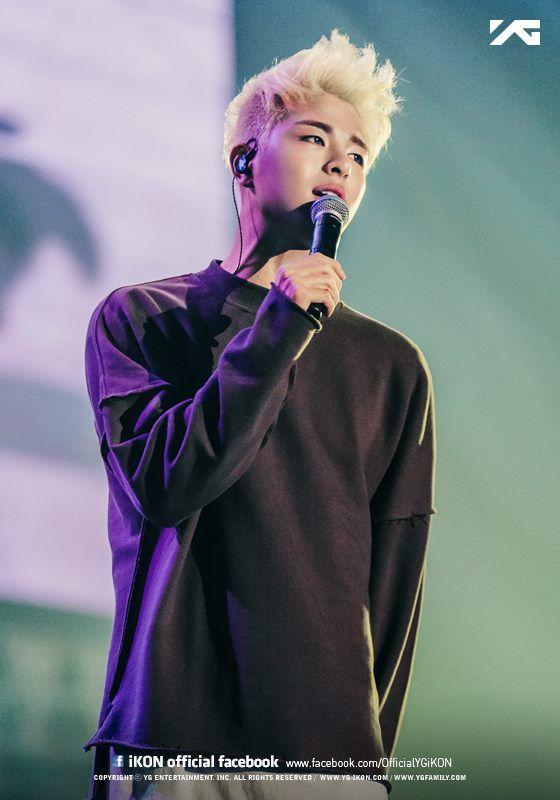 151003 Junhoe @ iKON Debut Concert © iKON OFFICIAL FACEBOOK