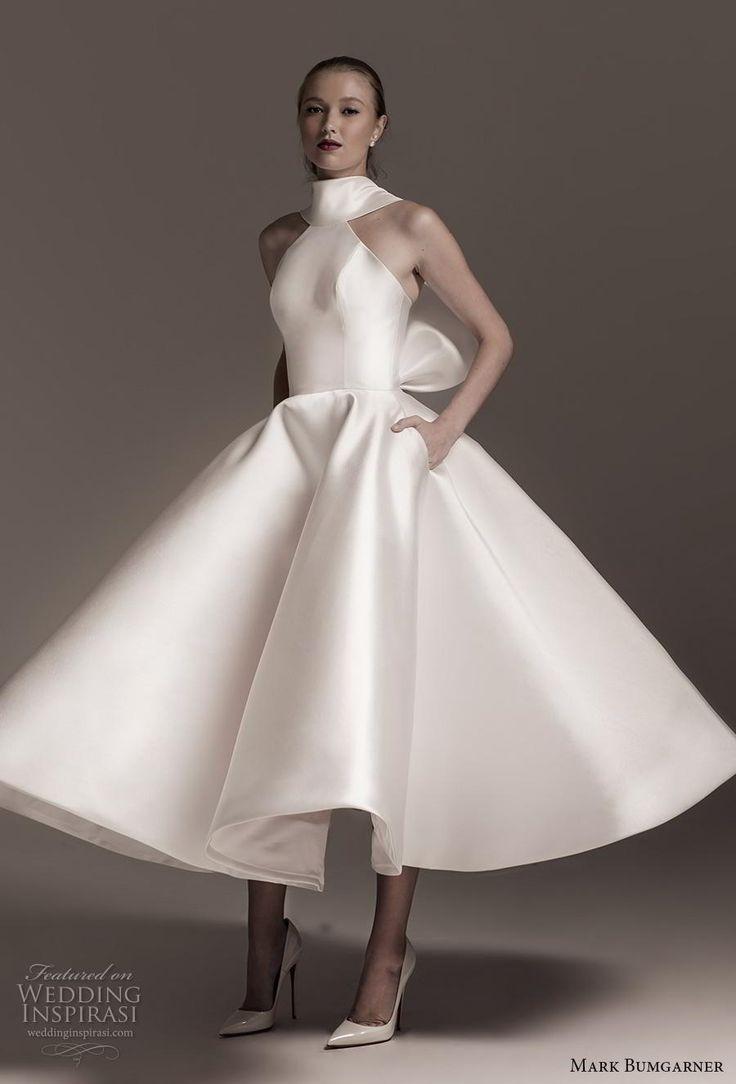 Les tendances de la robe de mariée à aimer en 2019: décolletés et manches  N…