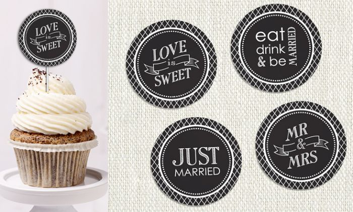 Free printable cupcake toppers from Notepourri are so sweet. #freeptintables #cupcaketoppers