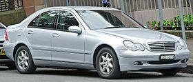 2004 Mercedes-Benz C 200 Kompressor (W203) Elegance sedan (2011-12-06).jpg