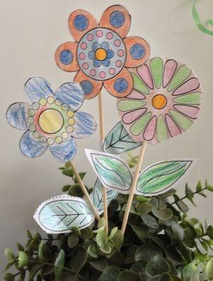 Knutselen met kinderen. Knutsel een leuk boeketje bloemen dat niet verwelkt! Knutseltip! Knutselen met kinderen, knutseltips, knutselidee, www.kinderknutseltips.nl