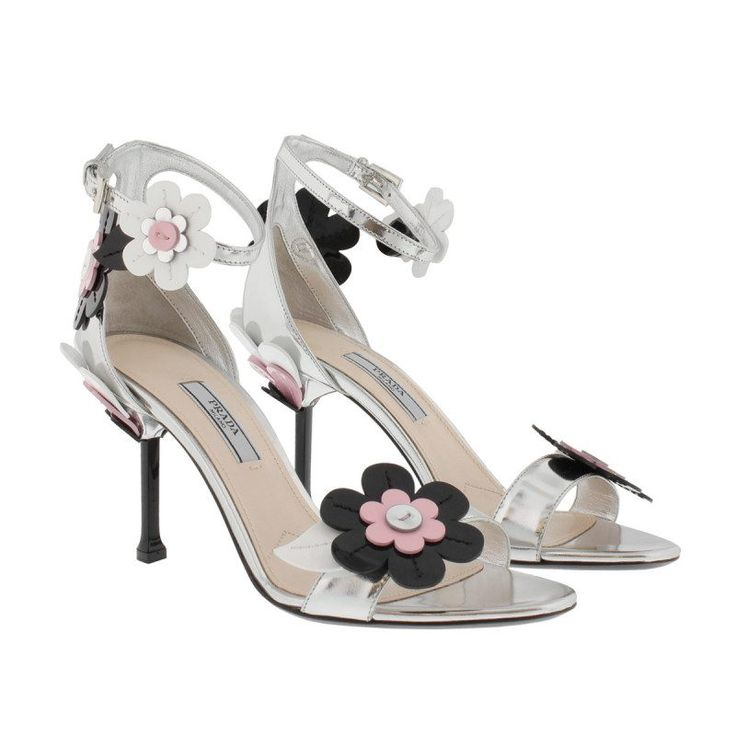 Prada Prada Sandalen – Blossom Embellished Patent Leather Sandale Silver – in silber – Sandalen für Damen