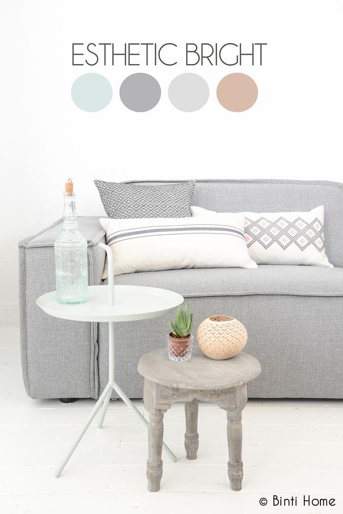 How to style your sofa in 3 different ways + video // Drie stijlen voor de aankleding van je (grijze) bank | Binti Home Blog