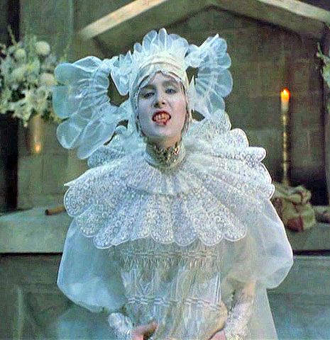 Claiming of lucy westenras life in bram stokers dracula
