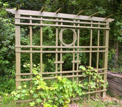 Simple wooden trellis plans woodworking projects plans for Garden trellis designs photos