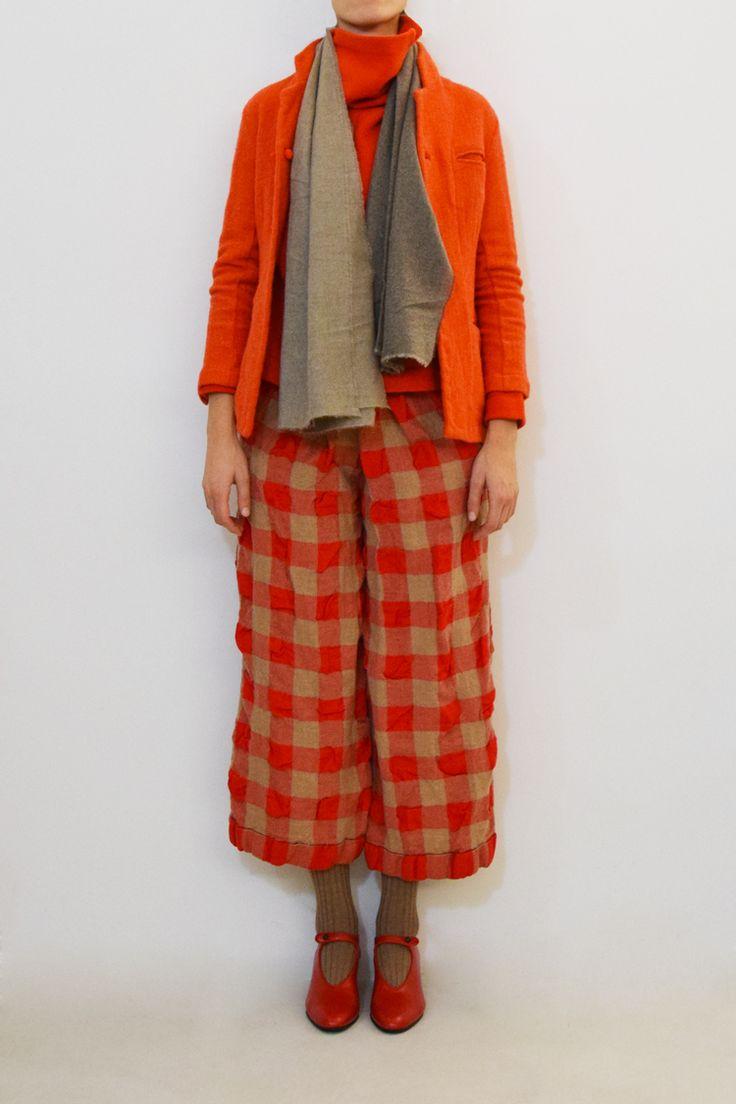 Daniela Gregis half shawl