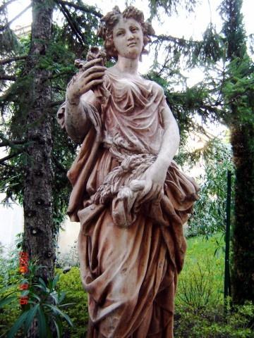 Beautiful statuary in Isle Sur-La-Sorgue, France