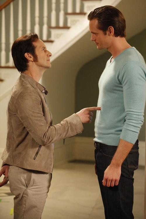 True Blood - Russell Edginton and Eric Northman, wearing THE blue sweater ;-)