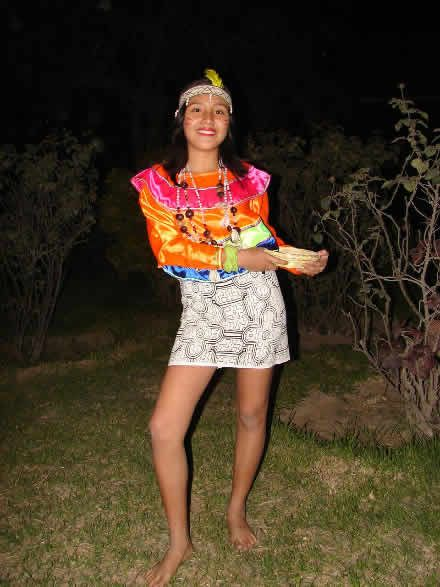 TRAJES TIPICOS DEL PERU Traditional Peruvian Dresses: Danza Shipiba (Amazonas)