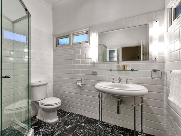 68 Boundary Road, Bardon // Mario Sultana #bathroom #bathroominspiration #homeinspiration #neutral #tiles #sink #home #homedecor #brisbane #queensland #realestate #inspiration #homedecorate #realestate #realtor #brisbanerealestate #decorator #interiordesign #modern #crisp #light #open #space