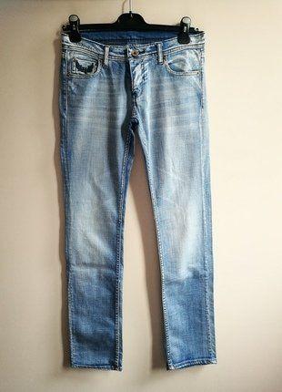 À vendre sur #vintedfrance ! http://www.vinted.fr/mode-femmes/jeans/33865733-jean-kaporal-bleu-delave-coupe-droite-taille-basse-t40