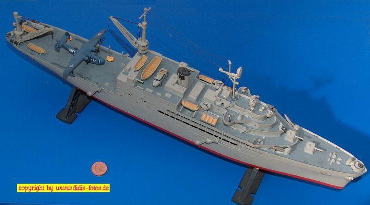 "US-Seeflugzeug-Mutterschiff AV-12 USS ""Pine Island"" der Currituck-Klasse (Revell H-341) 1:400"