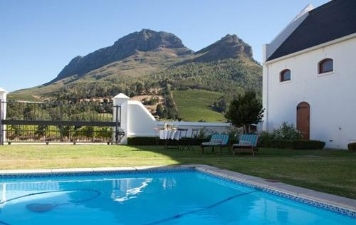 Accommodation - Wine Lodge - Zorgvliet Wines Country Lodge